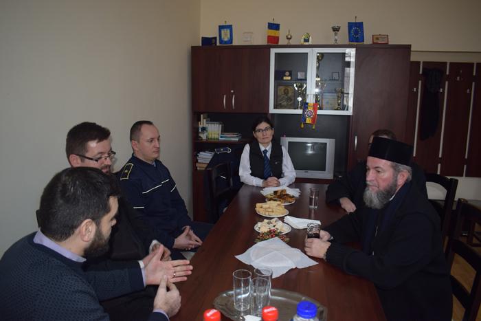 Episcopul Iustin, în vizită la penitenciar