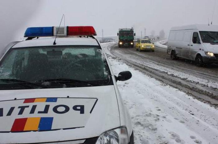 Recomandări pentru siguranța traficului rutier, în condiții de iarnă