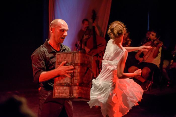 """""""Scorpia"""", pe scena Teatrului din Carei"""