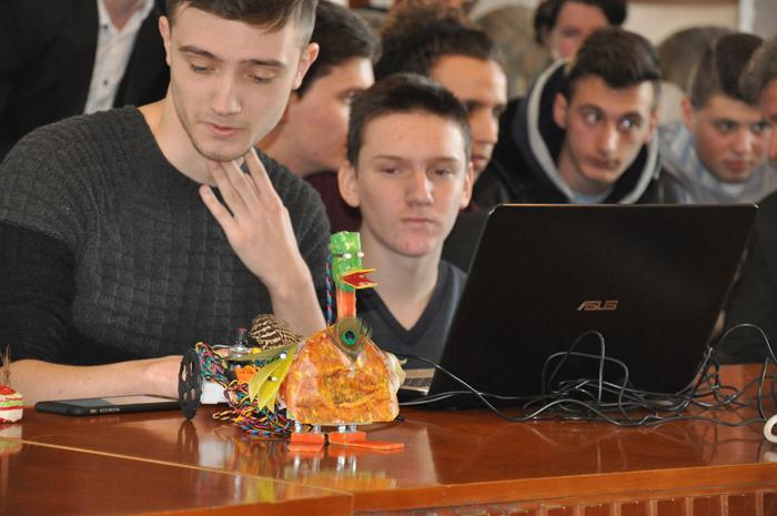Rățoiul Donald a câștigat Eurotehnicus 2017. Robotul a fost realizat de elevii din Negrești-Oaș (Foto)