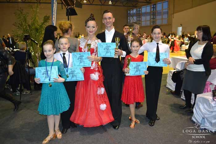 Șase medalii pentru Loga Dance School la Cupa Oradea (Foto&video)