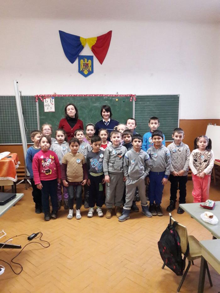 Lecție de circulație rutieră la Școala Gimnazială din Culciu Mare