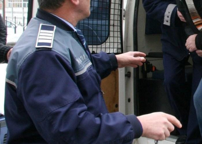 Polițist din Satu Mare, dat pe mâinile judecătorilor. Cine este acesta