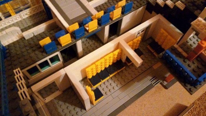 Cum arată vestiarele Stadionului Olimpia, construite din piese Lego (Foto)