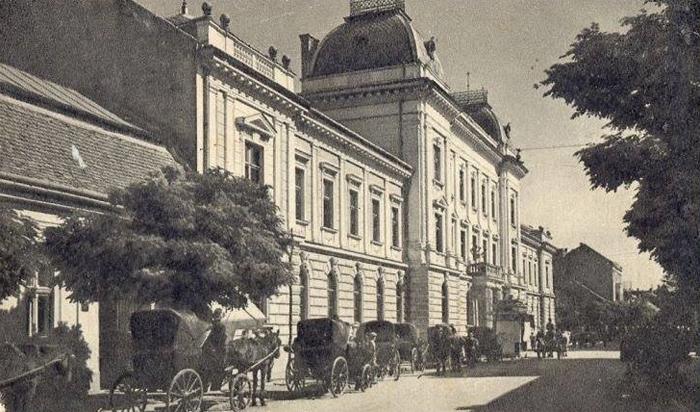 """""""Taximetriștii"""" Sătmarului de acum 100 de ani (Foto)"""