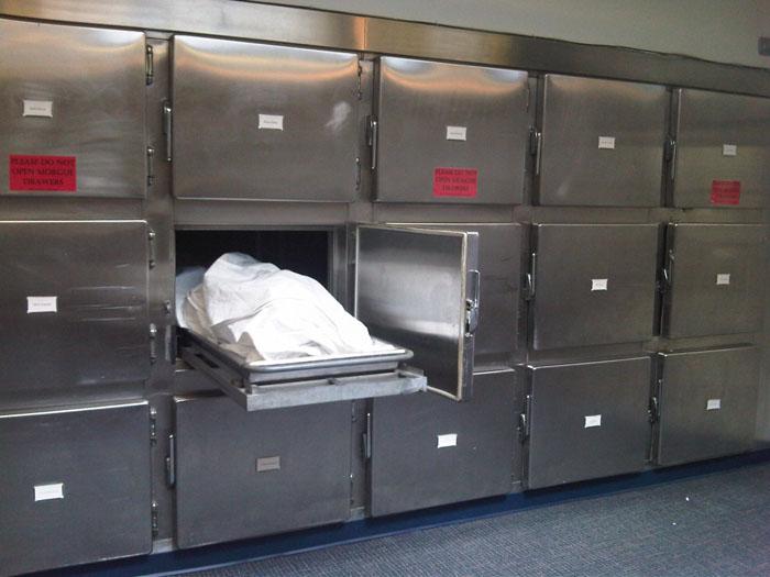 Au furat un cadavru de la spital