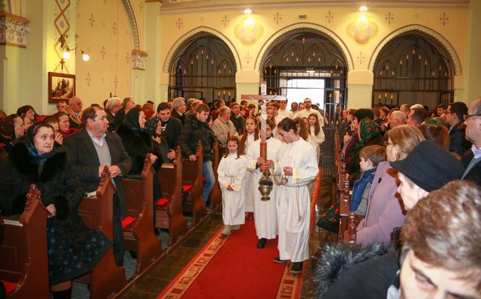 25 de ani de comunitate romano-catolică în limba română la Satu Mare (Foto)