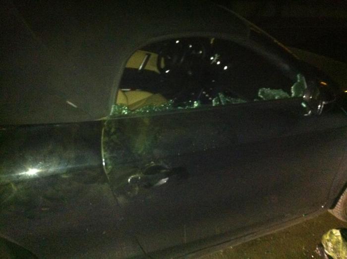 Mașina unei sătmărence, vandalizată în Cluj-Napoca (Foto)