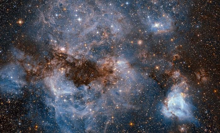 """Hai la planetariu ! """"Ziua Îndrăgostiților"""" deschide misterele Universului"""