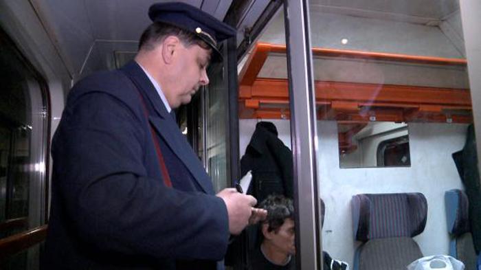 Trenul Baia Mare-Satu Mare, declanșează discuții: CFR plimbă vagoane goale pe calea ferată