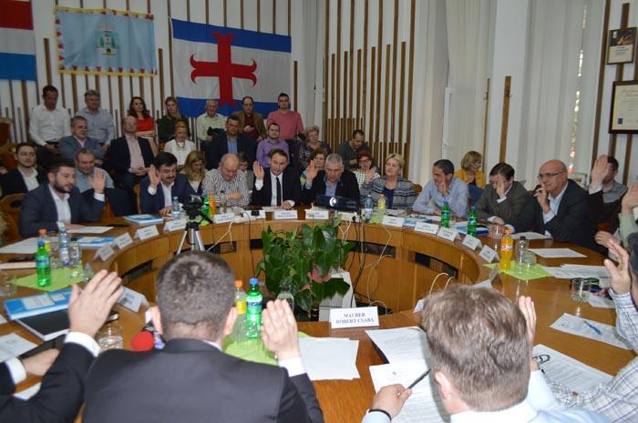 Consilierii municipali au votat bugetul pe 2017