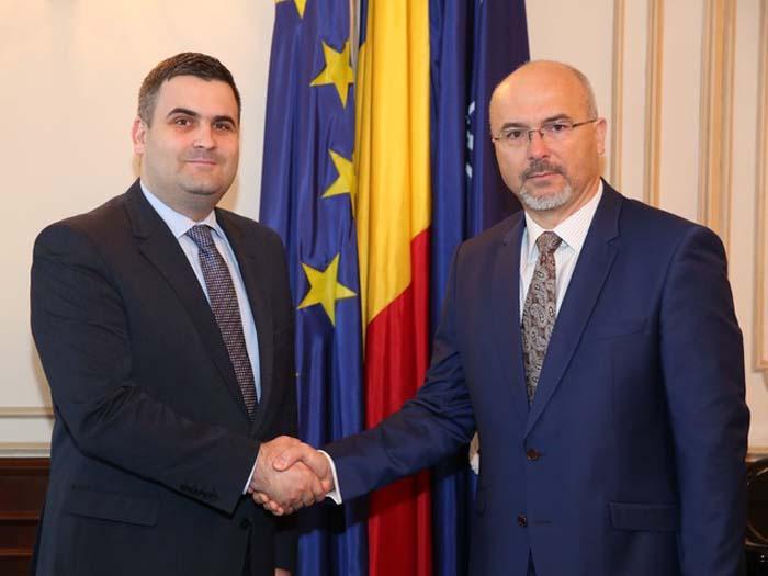 Întâlnirea ministrului Apărării Naţionale cu ambasadorul polon la Bucureşti