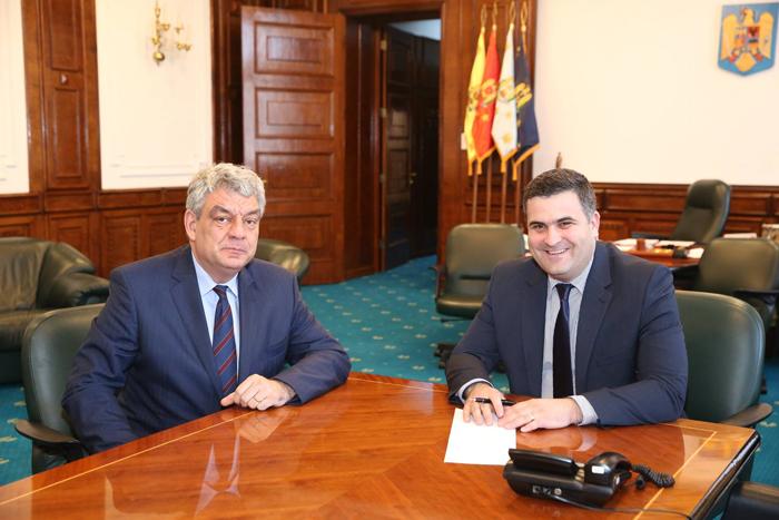 Întâlnire între miniștrii Leș și Tudose. Despre ce au discutat