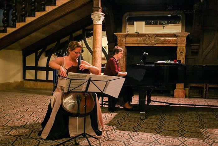 Recital de violoncel şi pian la Castelul din Carei