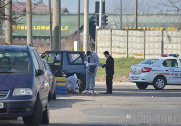 Împușcături în plină stradă. Un bărbat a fost rănit, iar o tânără răpită (Foto)