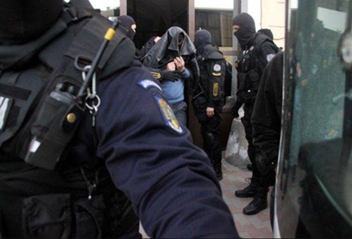 Infractor periculos, arestat la Petea. Polițiștii l-au căutat în toată Europa