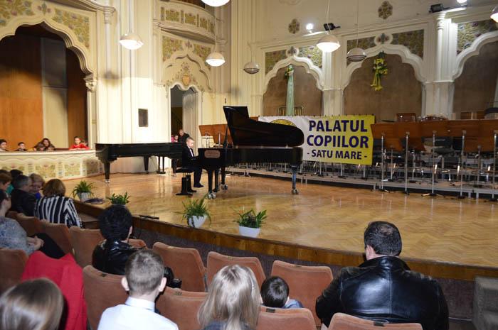 """A început Concursul Național de pian """"Prietenii Muzicii"""" de la Satu Mare (Foto&video)"""