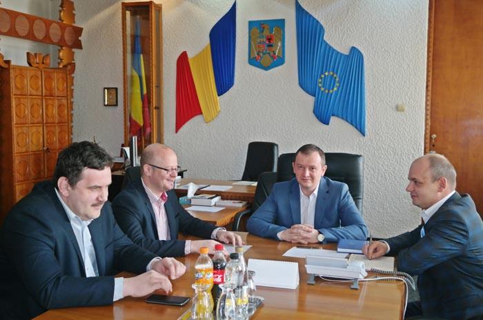 Prefectul s-a întâlnit cu Președintele CJ și primarul municipiului Satu Mare