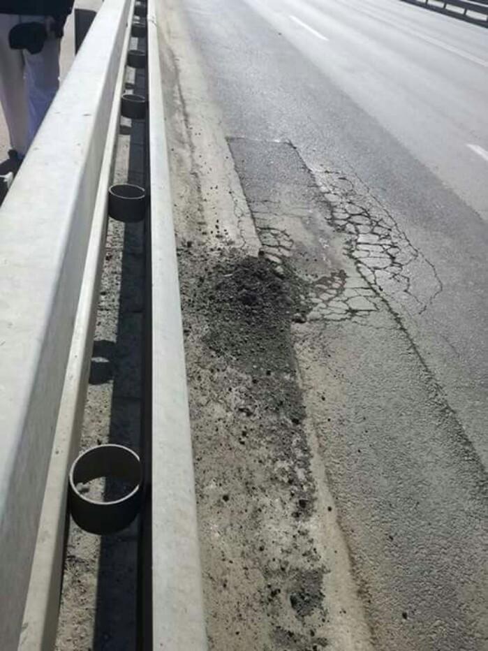 Se macină asfaltul pe Podul Golescu ! (Galerie foto)