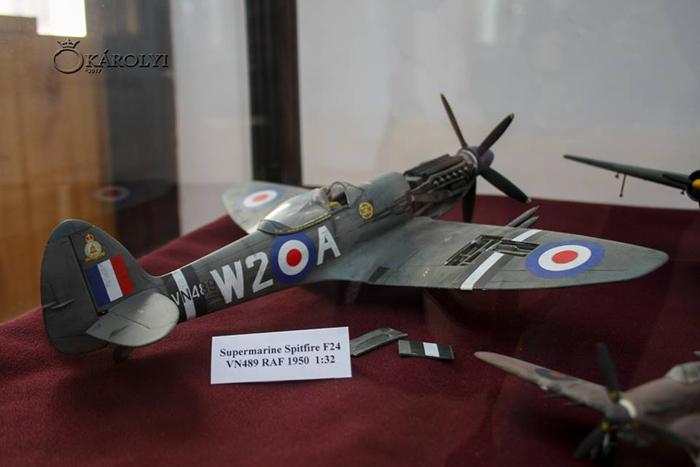 Machete de avioane, expuse la Carei (Foto)