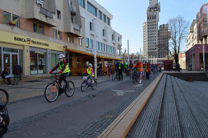 Minicircuit ciclistic la Satu Mare (Foto)