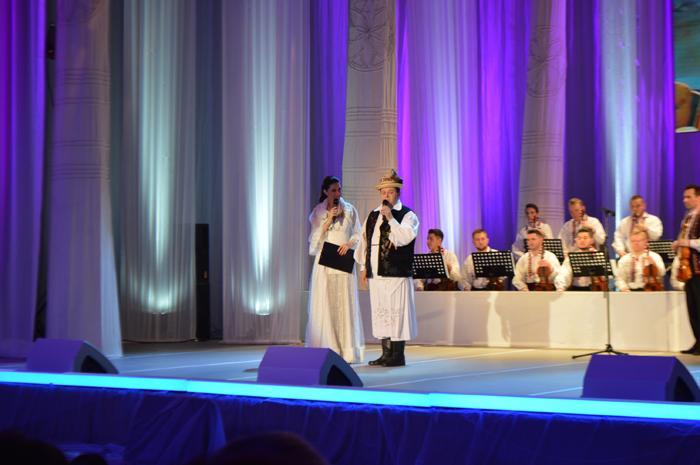 Sute de spectatori la concertul aniversar dedicat interpretului Nicolae Mureșan (Foto&video)
