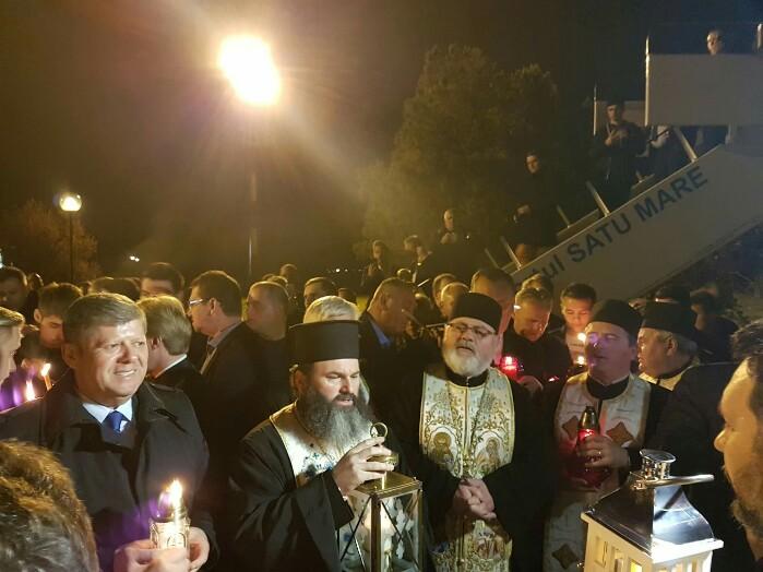 Lumina Sfântă a ajuns la Satu Mare (Foto)
