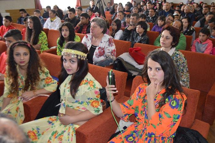 Închisoare de pana la 10 ani pentru discriminarea romilor. Legea a fost publicata în Monitorul Oficial