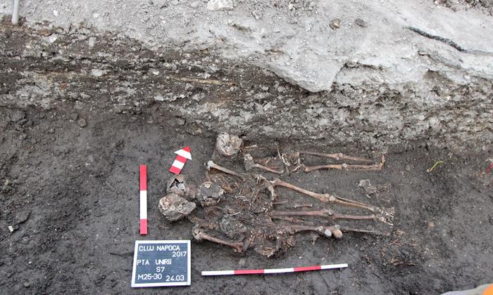 Cimitir medieval cu peste 100 de morminte. Ce spune arheologul Diana Iegar (Foto)