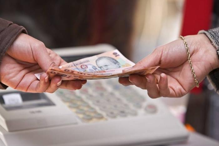 Șomerii sătmăreni își primesc indemnizațiile mai repede