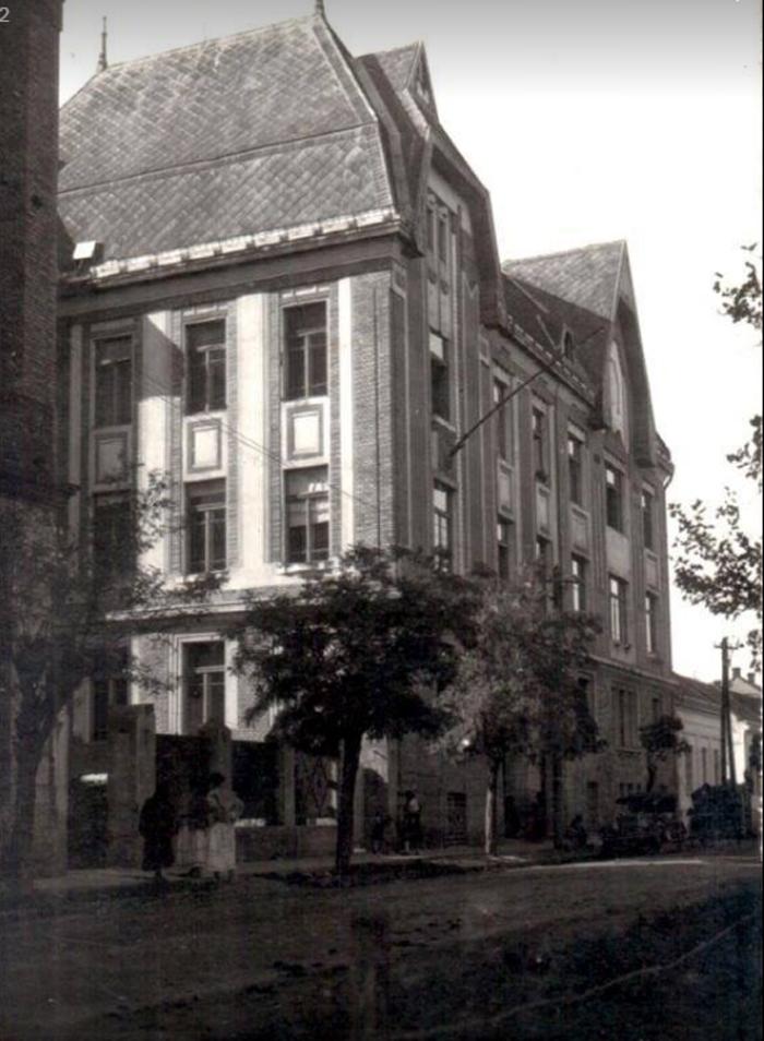 Cum arăta Spitalul Vechi, cu aproape 100 de ani în urmă (Foto)