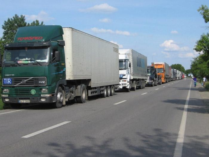 Circulația TIR-urilor, restricționată în Ungaria. Vezi motivul