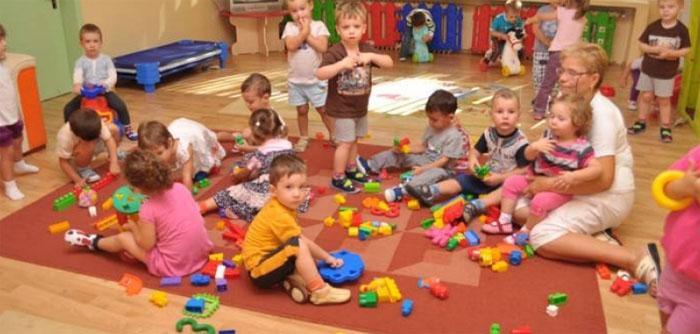 Începe înscrierea copiilor la creșe. Ce trebuie să conțină dosarul de înscriere