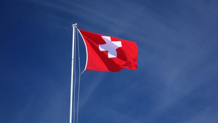 Elveția limitează accesul muncitorilor români și bulgari. Vezi motivul
