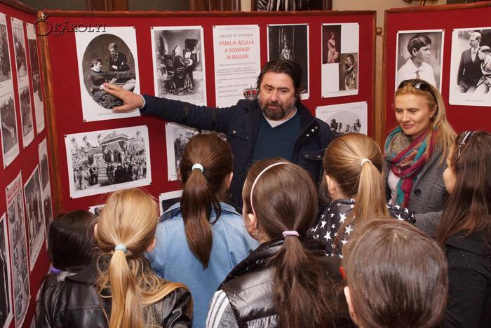 Expoziție de fotografie dedicată Familiei Regale la Castelul din Carei