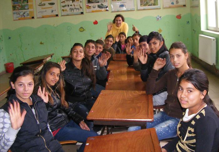Locuri speciale pentru elevii de etnie romă care vor al liceu. Câte locuri sunt alocate