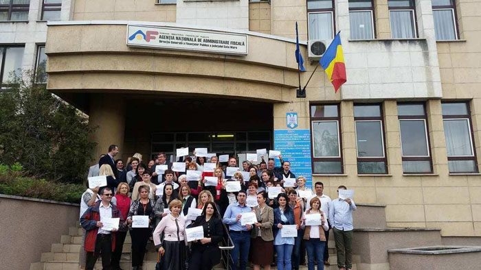 Protest spontan la Finanțe. Ce spune președintele Samfisc (Foto)