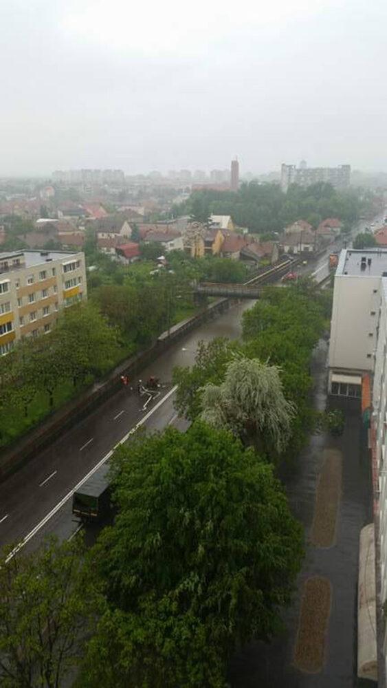 Potop în Satu Mare. Pasajul Soarelui, inundat (Video)