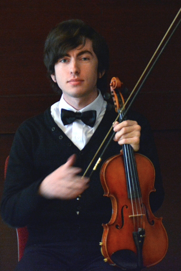 Unul dintre cei mai buni violoniști din țară, vine la Satu Mare. Când și unde va concerta