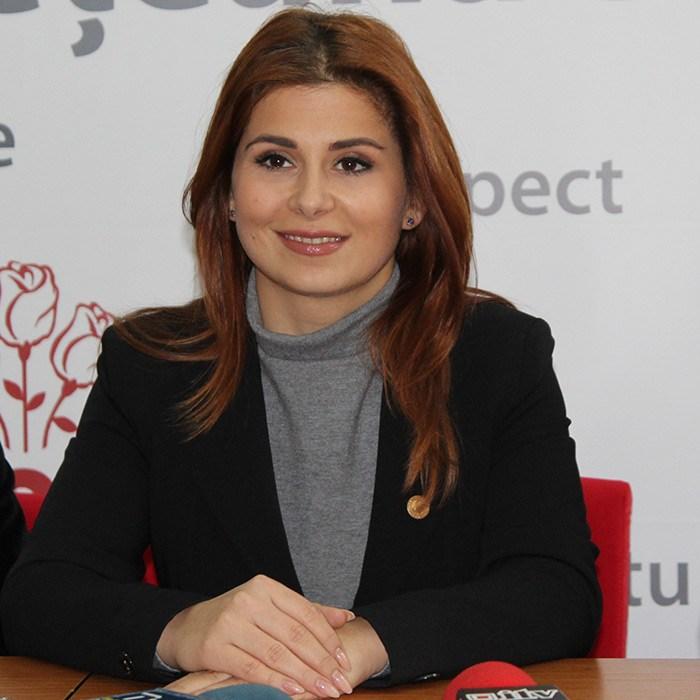 Este oficial ! Ioana Bran, ministrul Tineretului și Sportului