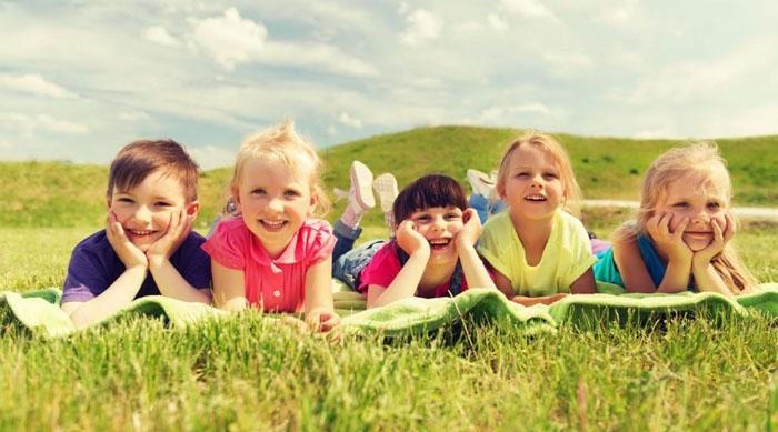 """Cele mai frumoase mesaje, sms-uri şi felicitări de """"Ziua Copilului"""""""