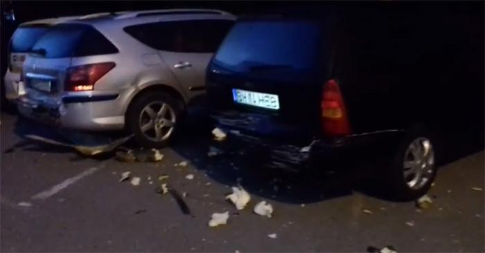 Șase mașini distruse într-o parcare din Satu Mare