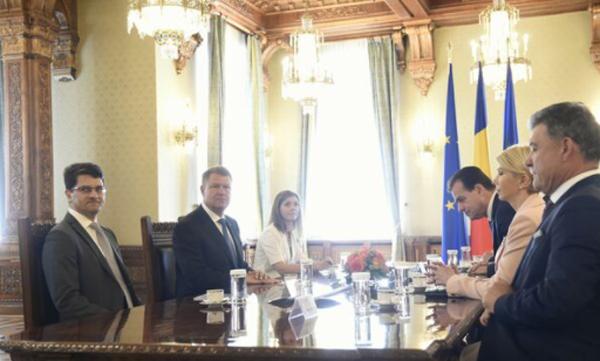 Consultările președintelui Iohannis cu delegația PNL