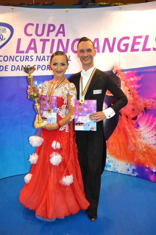 """Loga Dance School s-a întors cu 5 medalii de la Cupa """"Latino Angels"""" (Foto&video)"""