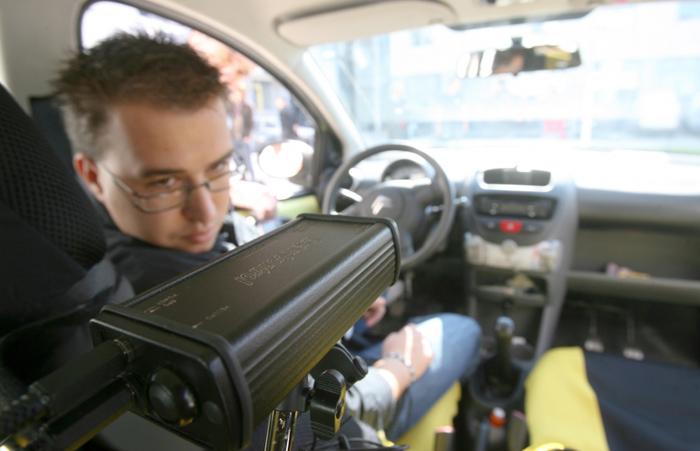 Probele examenului auto se filmează. Inclusiv traseul