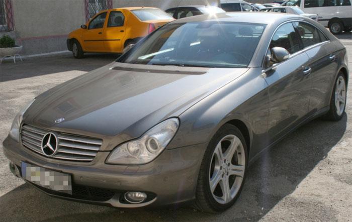 Mercedes căutat de autoritățile din Italia, descoperit la Petea