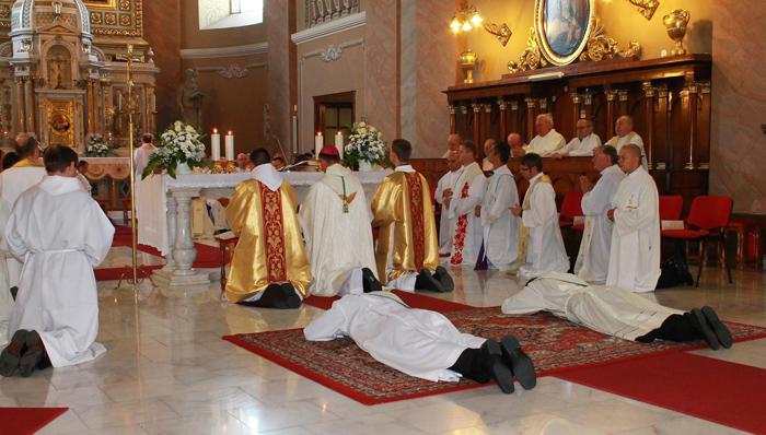 Doi preoți noi în Dieceza Romano-Catolică Satu Mare