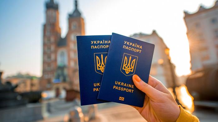 Din 11 iunie, ucrainenii – fără viză în România. Vezi condițiile