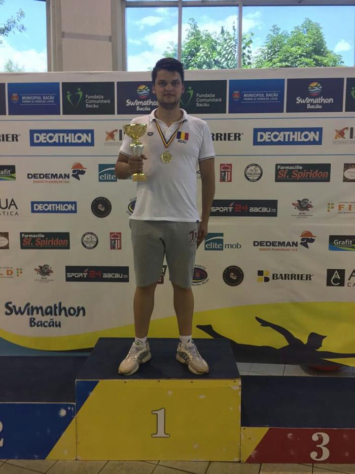 Un polițist din Certeze, printre cei mai buni înotători din țară (Foto)