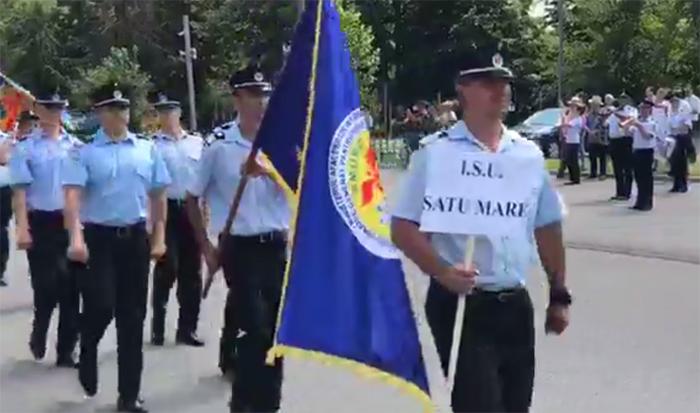 Defilarea pompierilor la Competiția Națională de Descarcerare. Vezi echipajul din Satu Mare (Video)